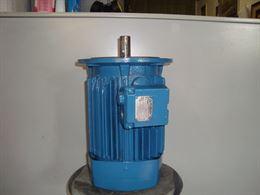 Motore Elettrico Trifase Hp3 Kw.2.2 giri 1400