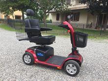 Scooter elettrico per anziani/disabili